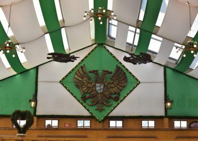 Über der Galerie Adler